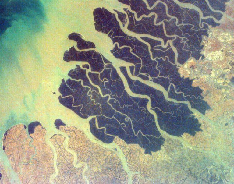 5 didžiausios ir įspūdingiausios vietos žemėje, kurias galima pamatyti iš kosmoso