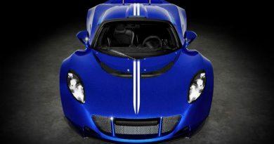 5 greičiausi 2021 metų automobiliai